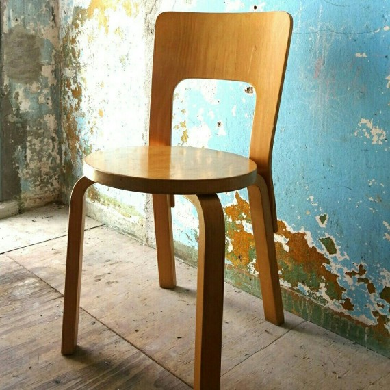 Artek Stoel nr. 66 Alvar Aalto - sold