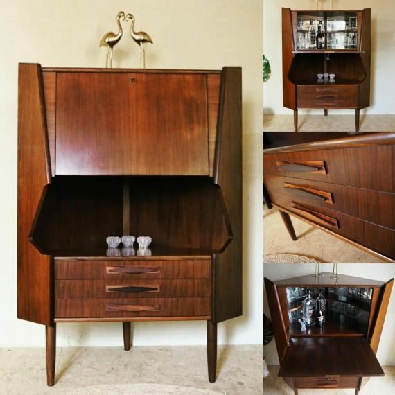 Corner bar cabinet - Danish design hoekkast Johannes Sorth Nexø - palissander / rosewood -sold