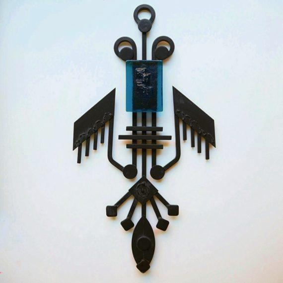 Dantoft wall sculpture - zwart metaal met Blauw glas - H49cm - sold
