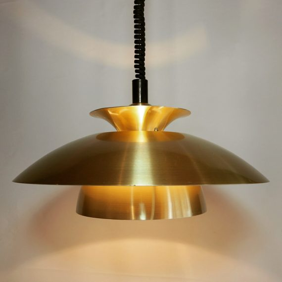 Deens design Schalenlamp messingkleurig met trekpendel en aan-uitknop - ø40cm - sold