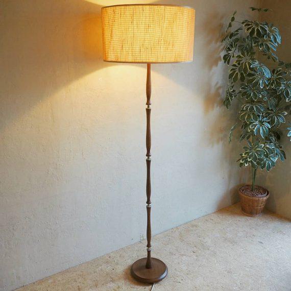 Danish design Vloerlamp - teak messing linnen - Ø47cm H160cm - €95
