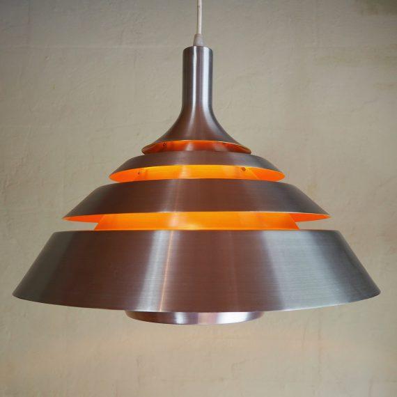 Vintage pendant lamp - Dana light, type Aqva Deens design - Aluminium met zacht oranje coating binnenin waardoor het prachtig licht geeft - Ø42cm H32cm, snoer 150cm - in goede vintage staat - €265