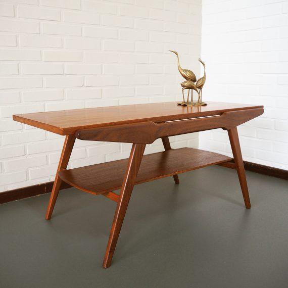 Vintage teak Salontafel / Coffee Table met omkeerbaar blad; de ene kant teak de andere bruine houtnerf formica - 97x46cm H46cm - Zeer goede vintage staat - €185