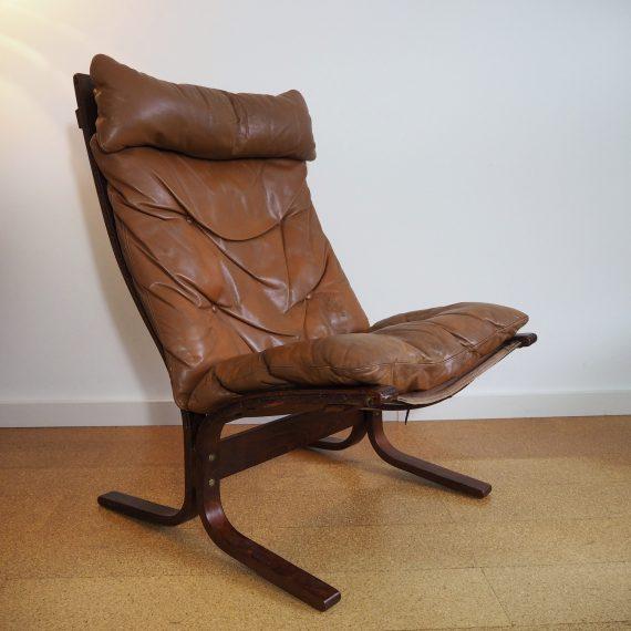Siesta chair by Ingmar Relling Westnofa - Norwegian design - herenmodel- cognac bruin leer - enkele gaatjes in het leer, verder in goede staat - sold
