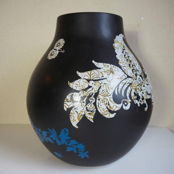 Zwarte Jonsberg Vaas van Hella Jongerius, ikea - H34cm - sold