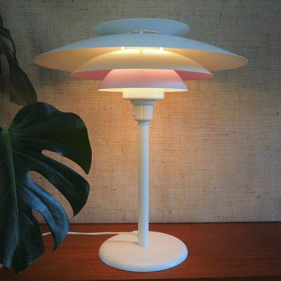 Danish design Tafellamp Form-light - Wit metaal, 1 schaal heeft aan de binnenkant een lila coating, mooi warm licht! - Ø48cm H55cm - sold