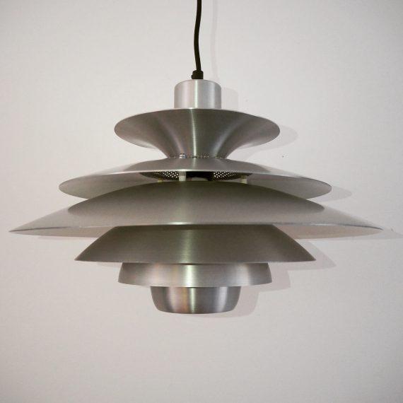 Danish design JEKA Schalenlamp type LOTUS - ø40cm totale lengte 95cm - zeer goede staat - €275