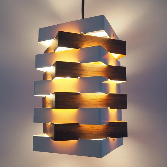 Kubistische Hanglamp' Star Light ' - J.J.M. Hoogervorst voor ANVIA - wit met houtlook (bijzonder!) metaal - in goede vintage staat - Vintage Dutch design 60ies - €250