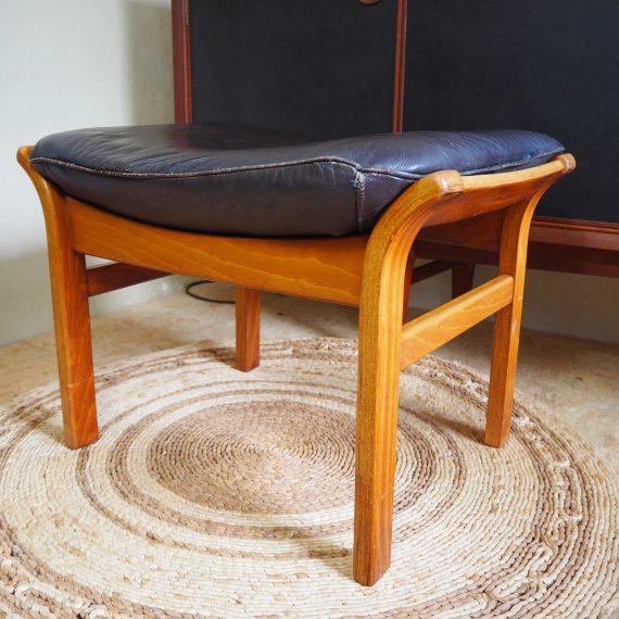 Göte Möbler Nässjö Ottoman - Voetenbank Poef Stool - Swedish design Footstool - 60x50cm H40 cm - €125