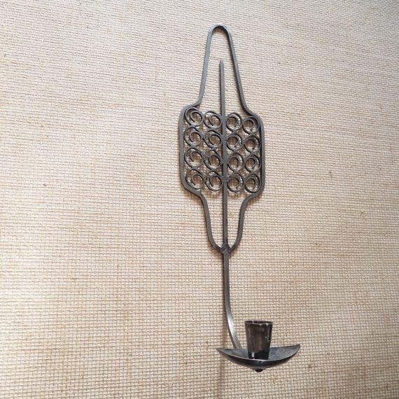 Vintage design Wand Kandelaar - T. Grimstad Norway - metal wall Candle Holder - H46cm B12cm - €65