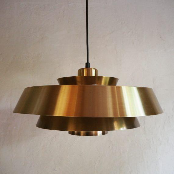 2 stuks beschikbaar; Lamp NOVA - Danish design Jo Hammerborg Fog&Mørup - Ø42 H140cm brass - incl. plafondkap - zeer goede staat - Prijs per stuk €550