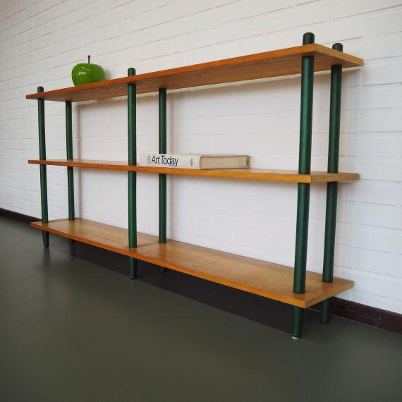 Vintage design 50's Stokkenkast Roomdivider met mooie diepgroene stokken - W. Lutjens voor Den Boer, Gouda - 150x24cm H76cm - sold