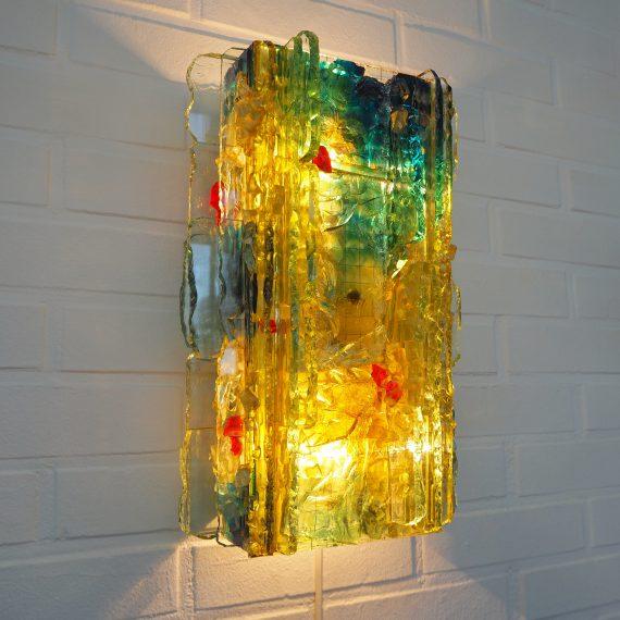 Wandlamp 'Chartres' by Willem van Oyen for RAAK Amsterdam 60's 70's - niet geheel ongeschonden; wat doffe plekken en wat lijmreparaties - nieuw snoer met schakelaar - Kan ook staan als tafellamp tegen de muur - Grote versie 38x25x13cm - €235