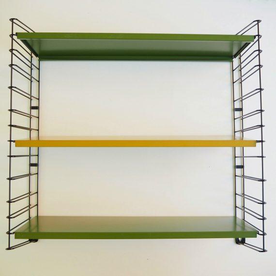 Vintage design Tomado Wandrekje in olijfgroen en okergeel - gemerkt - H68,5xD20xB65cm - in zeer goede staat - sold