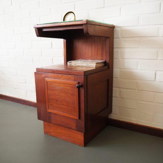 Art Deco Amsterdamse School style Nachtkastje met glasplaat - B36xD34xH67cm - Art deco Bedside Table - sold