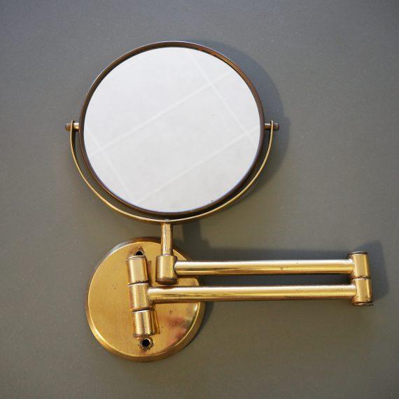 Oude Messing Scheerspiegel met een gewone en een vergrotende kant - mooi patina van het messing - Brass Shaving mirror - sold