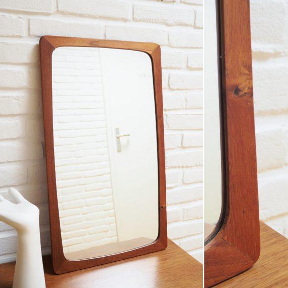 Deense spiegel in teak, mooi eenvoudig model - 60x35cm - Vintage Danish design mirror - €150