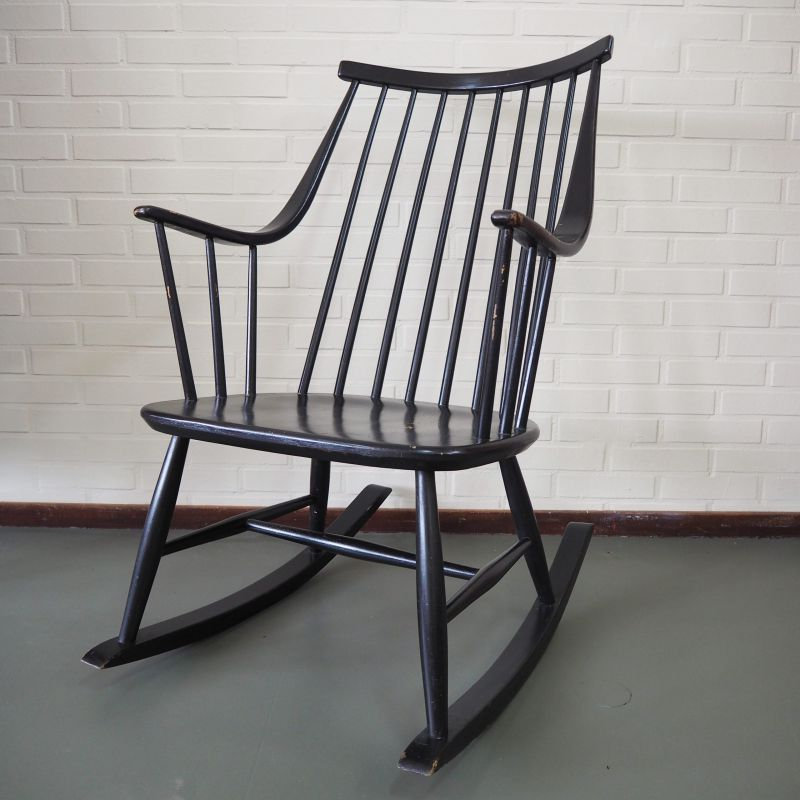 NESTO Schommelstoel by Lena Larsson, Swedish design Rocking Chair- €250