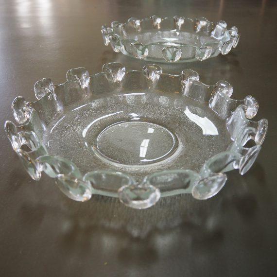 Vintage Schaal - Humppila toegeschreven - Fins design glas - ø 29cm - 2 stuks - € 60 per stuk