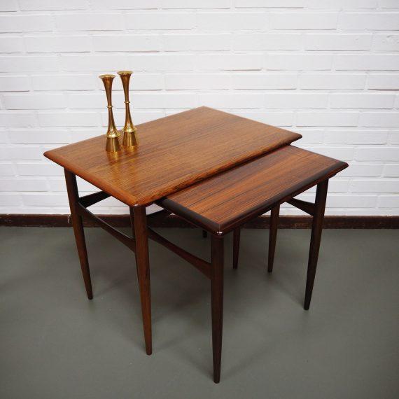 2 delige set Nestingtables by Kai Kristiansen, Danish 60's design - beide bladen wat leeftijdssporen - setprijs €215