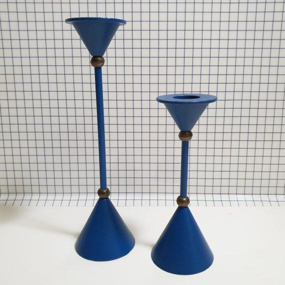Set kobaltblauwe 80's Kandelaren in Memphis style - metaal, vintage jaren 80 - €48