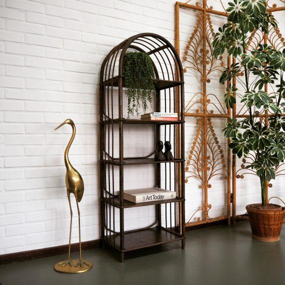 Vintage Boho open Rotan / Bamboe kast in mooie donkere kleur, zeer goede staat - B45xD30XH130cm - €95