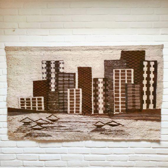 Vintage 70's wollen Wandkleed - Skyline City - 148x90 cm - netjes en in zeer goede staat - €430